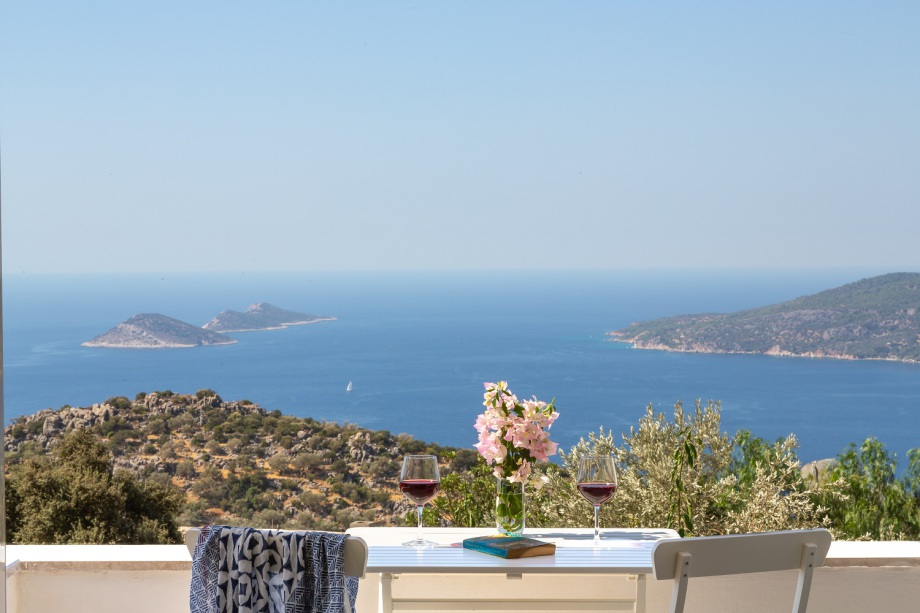 A luxury 2 bedroom apartment near Kalkan