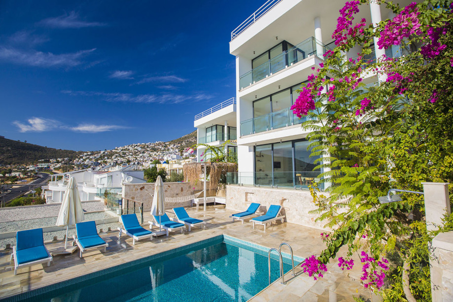 3 bedroom villa in Kalkan with own pool
