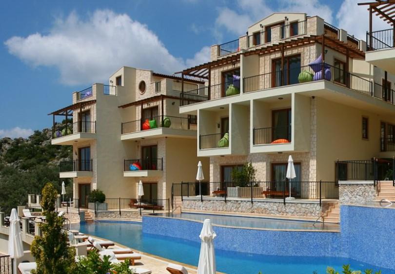 Elvina Apartments