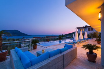 6 bedroom holiday villa in kalkan