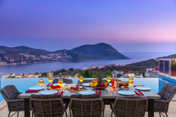 5 bedroom villa in Kalkan for rent