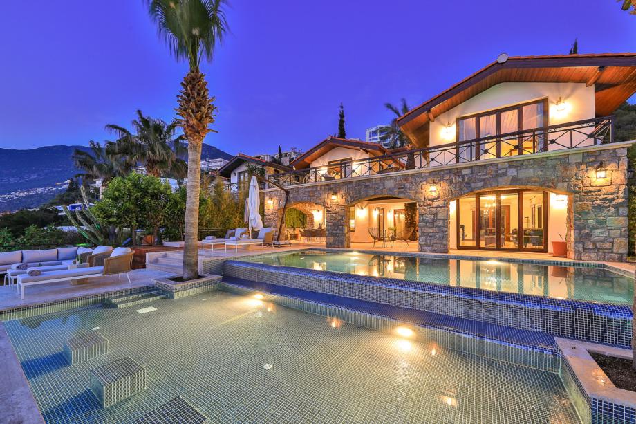 3 bedroom villa in Kalkan with beach platform
