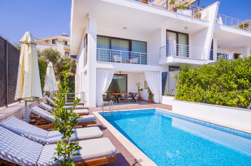 Sea Esta Su apartment - a 3-bedroom apartment in Kalkan