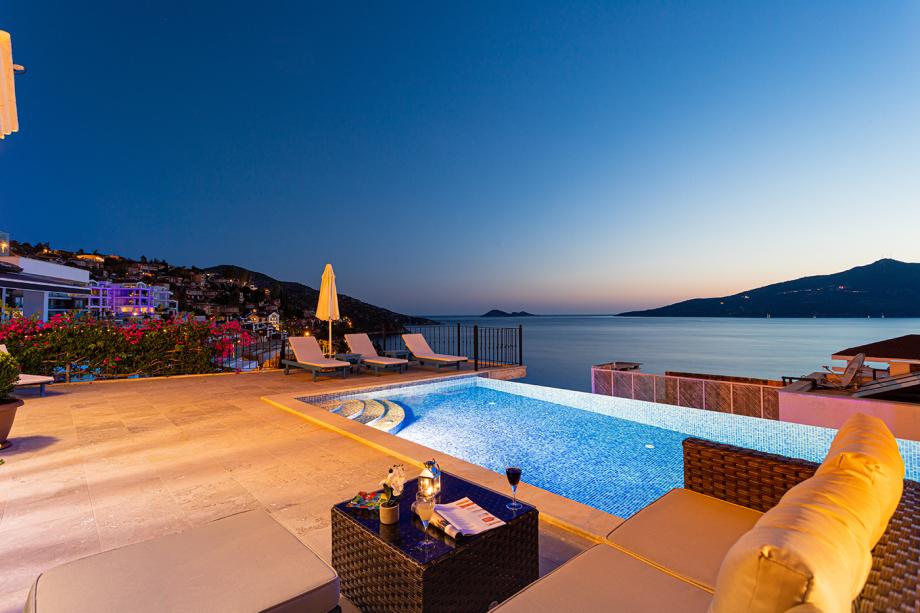 4 bedroom villa in Kalkan for holiday rental